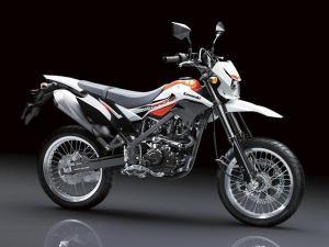 wpid-kawasaki-luncurkan-new-d-tracker-150-bervelg-ring-17-lebar-makin-macho-04-pertamax7-com.jpg