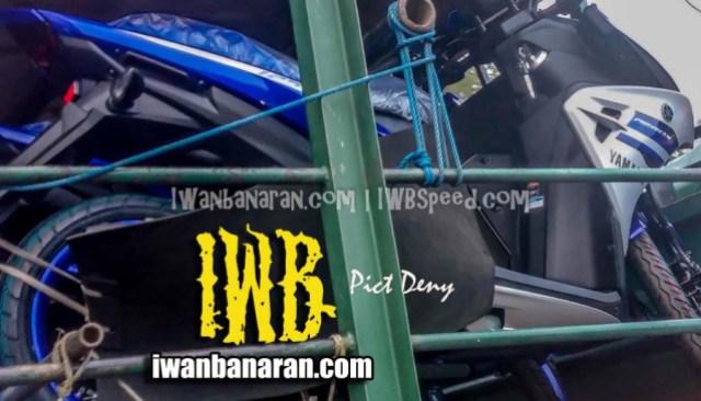 Pegangan belakang Yamaha Aerox 125, ngumpet!!!