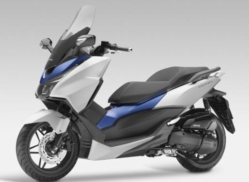 Menantikan Nmax Cap Sayap Mengepak Honda Forza 150 Warungasep