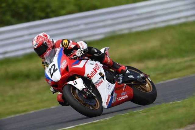 Dimas Ekky balapan dengan Honda CBR1000RR di Suzuka 8 Jam
